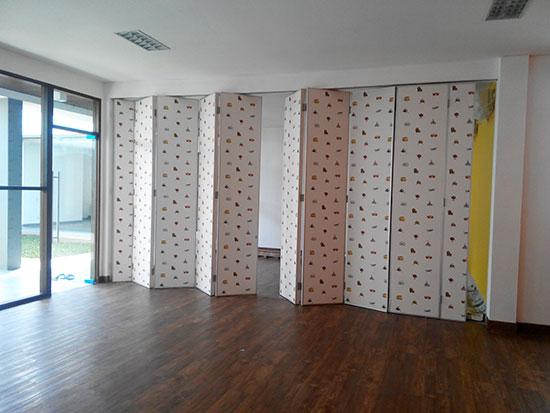 harga pintu lipat penyekat ruangan